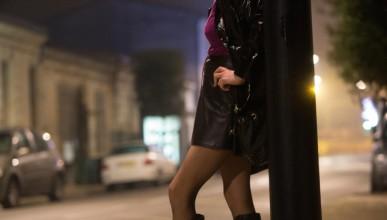 Гей бил принуден да прави секс с проститутка