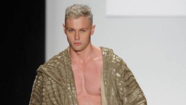Модата на голия пищов