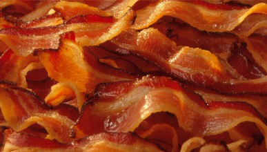 Да изядеш 2.7 килограма бекон за 5 минути