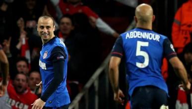 Монако наказа Арсенал