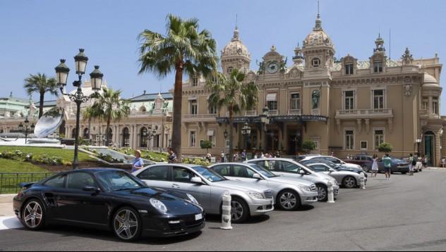 Къде паркират богатите