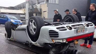 Porsche 959 с тотална щета