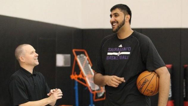 226-сантиметров индиец с дебют в НБА