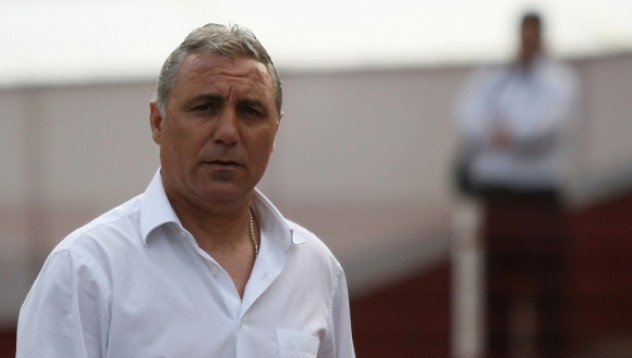Стоичков може да поеме македонските национали