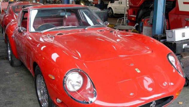 Крадци не успяха да задигнат Ferrari GTO