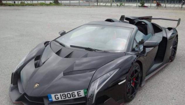 Lamborghini Veneno Roadster ще тича на свобода