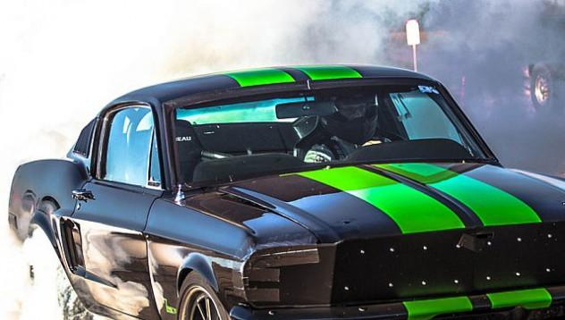 Ford Mustang на батерии