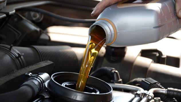 Ето защо трябва да сменяте автомобилното масло навреме