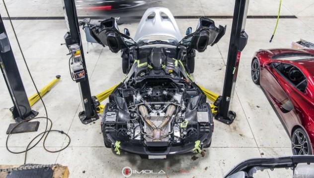 McLaren P1 без брони