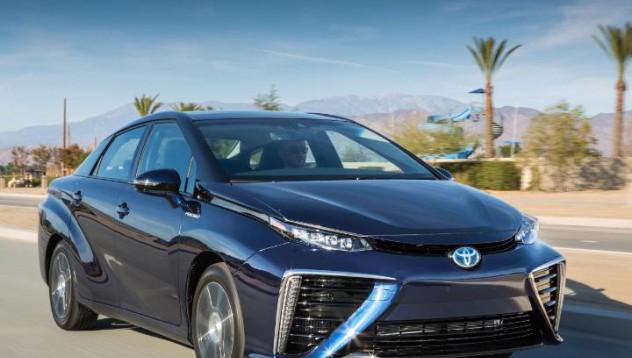 Toyota Mirai - с най-дългия пробег при колите с нулеви емисии