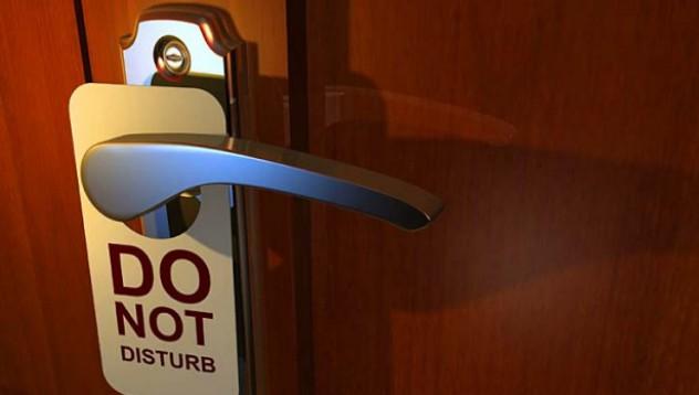 Хотелиери снимат интимните моменти в стаите