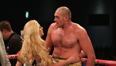 Тайсън Фюри ще излезе срещу Кличко