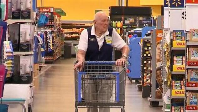 Лорън Уейд е на 103 години и продължава да работи