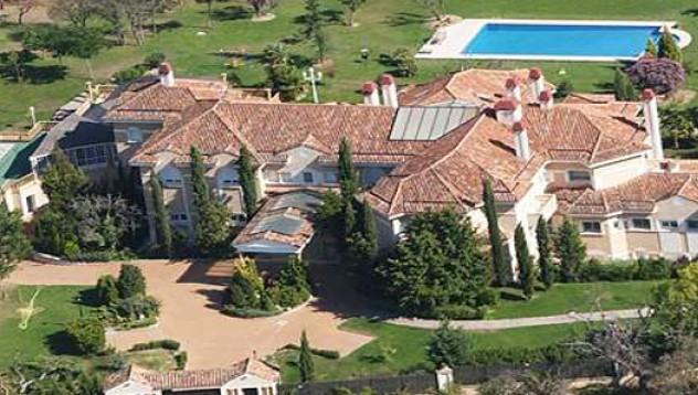 Дейвид Бекъм продаде луксозното си имение в Мадрид