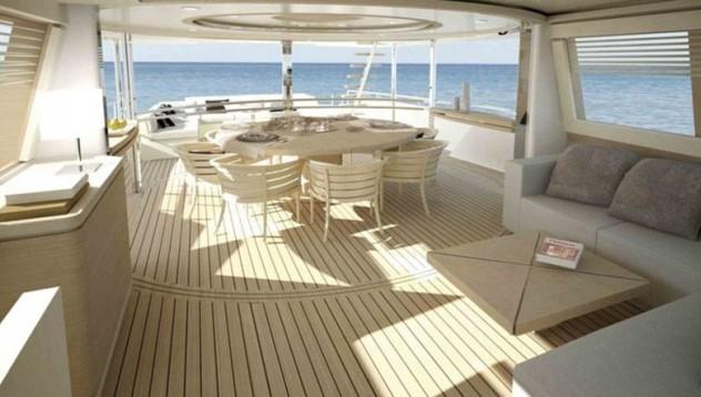 Как потъва яхта за 6 млн. долара (снимки)