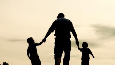 Младите мъже трябва да стават татковци след 25-годишна възраст