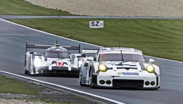 Porsche доминира на Нюрбургринг