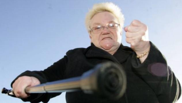 Кюстендилска баба наказа обирджията си