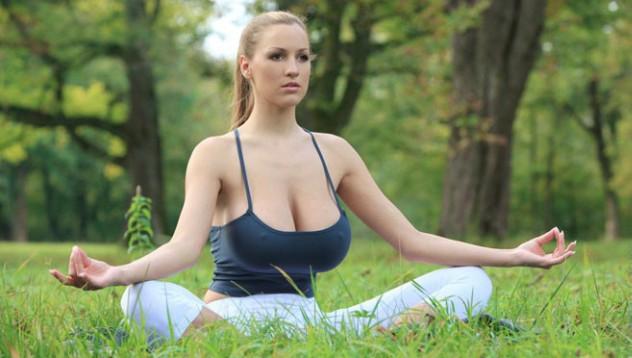 Особеностите на жената с големи гърди