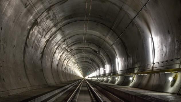 Швейцария поставя нов рекорд в строенето на тунели