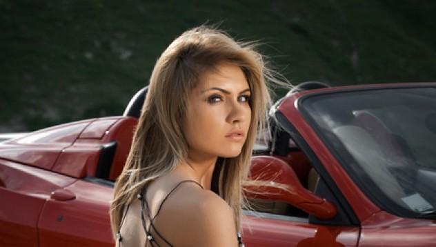 Николета прави Ferrari по-красиво