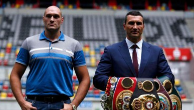 Владимир Кличко може да отложи мач с Фюри