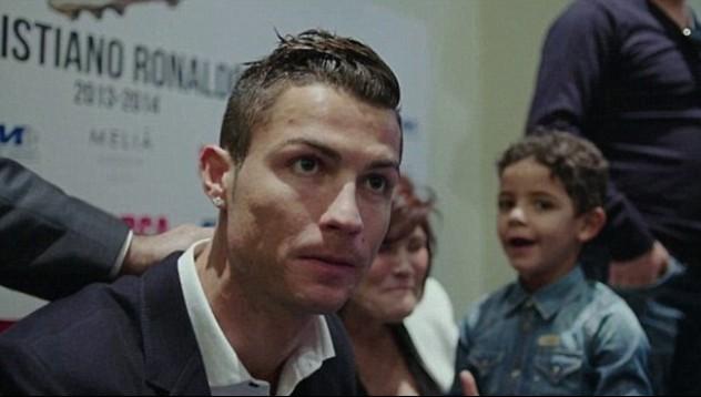 Какъв баща е Кристиано Роналдо