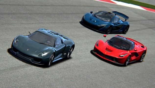 Ferrari LaFerrari VS McLaren P1 VS Porsche 918 Spyder