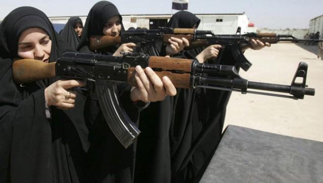 Все повече жени се присъединяват към ISIS