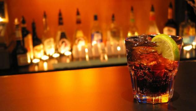 Алкохолът в умерени количества предпазва от Алцхаймер