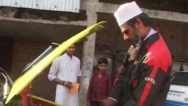 Индиец без образование създаде кола задвижвана от вода