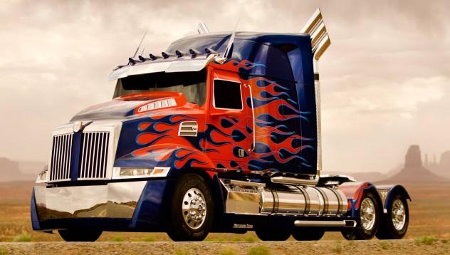 Optimus Prime отива на търг