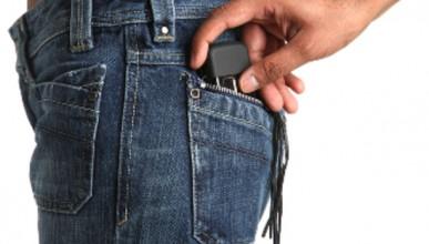 Английски джебчии станаха милионери с кражба на мобилни телефони