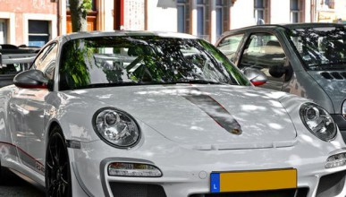 Да платиш за Porsche и някой друг да го получи