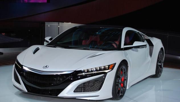 Първата Acura NSX се продаде за 1.2 милиона долара