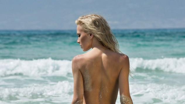 Кати ви посреща на плажа