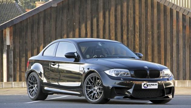 BMW 1M влиза във висшата лига