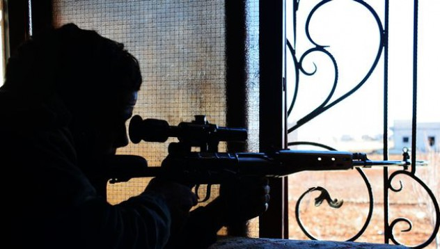 SAS снайперист обезглави екзекутор на ISIS