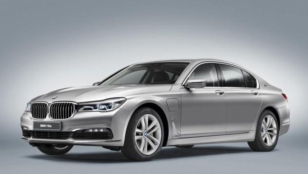 BMW iPerformance 740e с разход от 2.1 литра на 100 километра