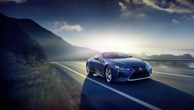 Lexus подготвя нов модел за Детройт