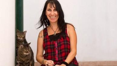 Жена се омъжи за 2-те си котки
