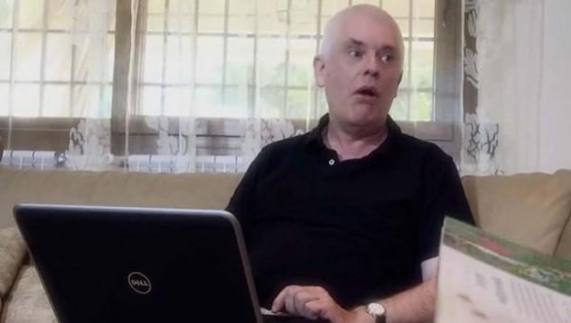 Университетски преподавател със сериозна порно кариера