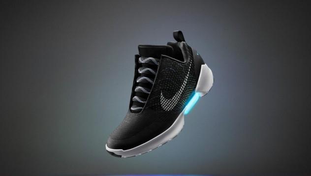 Nike създават обувки с автоматични връзки