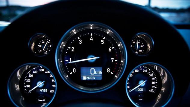 Автомобилните компании, които таксуват най-малко за допълнителна мощност
