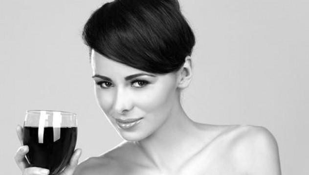 Как се променя жената след чаша вино
