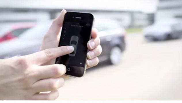 Tesla Motors предлагат паркиране с помощта на мобилен телефон