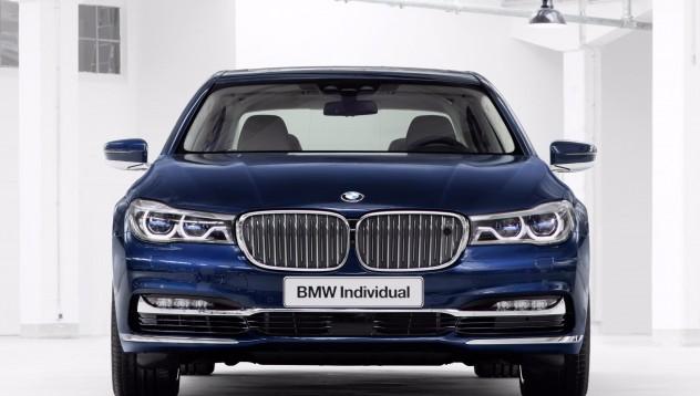 BMW отбелязват 100 години с индивидуален модел