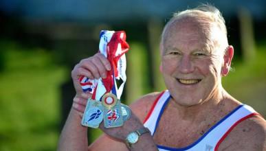 80-годишен мъж на 5 секунди от Юсейн Болт