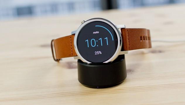 Moto 360 - умният часовник и най-добрият приятел на вашия телефон