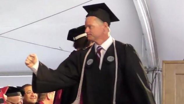 Университетски хигиенист се дипломира